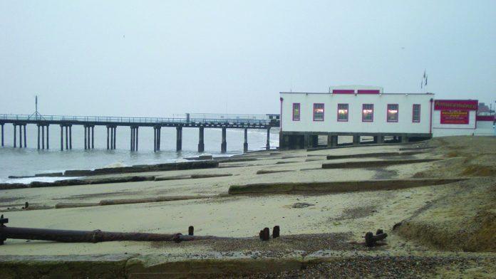 Coinslot Felixstowe Pier
