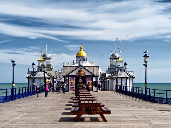 Coinslot - Eastbourne pier gold