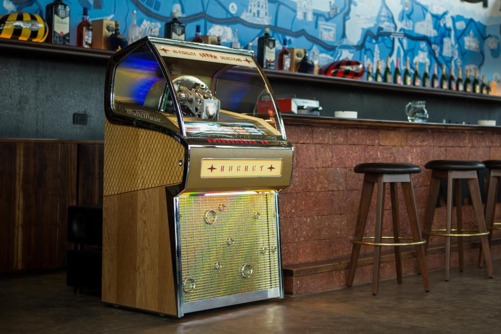 Sound Leisure Ships First Jukebox To Royal Enfield In India
