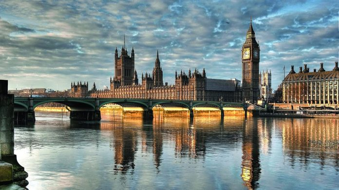 Houses of Parliament FOBT Stake Amendment