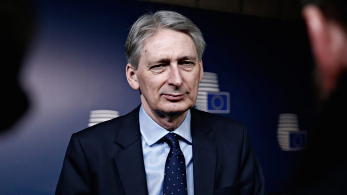Philip Hammond, budget, fobt