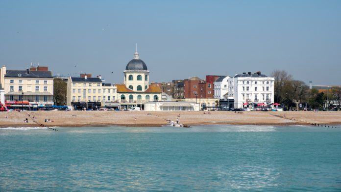 Worthing seafront, New arcade, planning, seaside