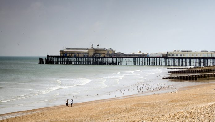 Hastings Pier, contingency plan, retail development, delay, re-opening