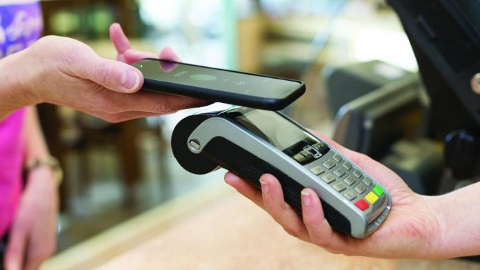 UK Finance data Cashless on rise