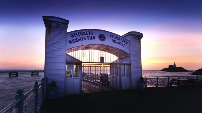 Mumbles Pier on track