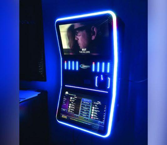 NSM Curve jukebox