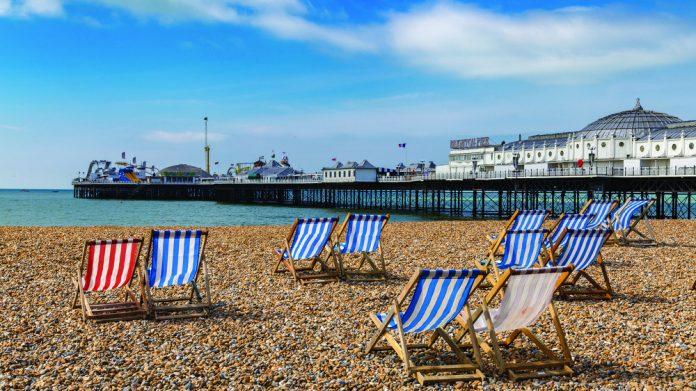 Empty Brighton seaside lockdown