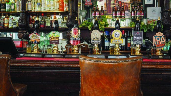 Empty pub 2 metre social distancing