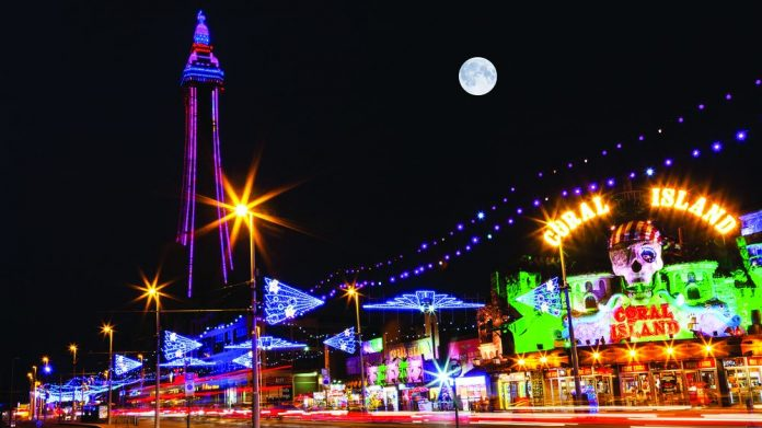 Blackpool tourism illuminations coach tours