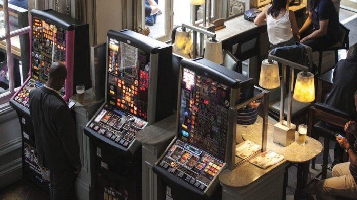 pub machine income