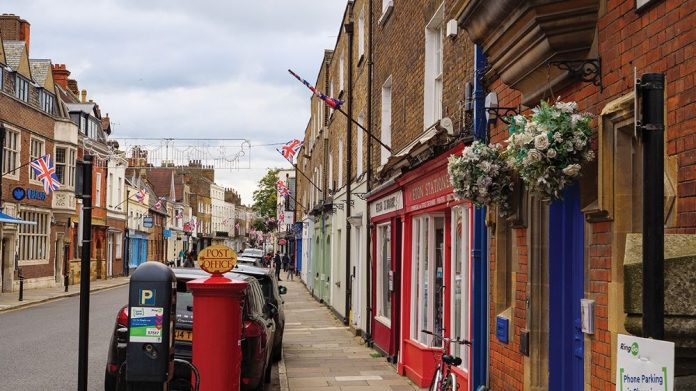 high street retailers fear lockdown