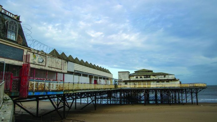 Colwyn Bay Victoria Pier work progresses