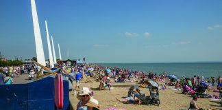 Southend beach Remblance arcades reopening